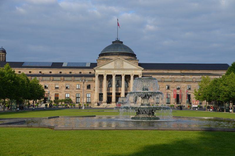Weltkulturstadt Wiesbaden: Städtereise vor historischer Kulisse