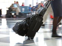 Flughafen Düsseldorf: Lange Warteschlangen durch Personalmangel?
